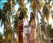 Music - Tony James <br/>Artist & lyrics - Emiway Bantai<br/>Starring - SWAALINA K<br/><br/>Filmed/Visuals/Edited by - Nishan Bhujel <br/>Brolls - Alkesh Das<br/>Production - Bantai Studio <br/>Producer - Emiway Bantai <br/>Production Management- Sankalp Vaid, Sumit Singh, Minta<br/><br/><br/><br/><br/>Lyrics <br/><br/>Dusre ke pyaar Mai girne se tujhe bacha raha hu<br/>Sab mujhe bhao de rahi <br/>Firbhi sabko wata raha hu<br/>Tere baar mai sabko Achi baateh bata raha hu<br/>Tere liye ghar pe mummy daddy ko Mai mana raha hu<br/>Wazan meri thodi Ghata raha hu<br/>Tujhe lean body pasand hai <br/>Mai healthy khaane chaba raha hu<br/>Sunne Mai aaya hai tu London mai rehti hai<br/>Abbi ke abbi jaake phehli ticket kata raha hu<br/><br/>(Rap 1)<br/><br/>Tu toh rapchick hai situation badi drastic hai <br/>Tera smile both hard baaki sabki plastic hai<br/>Door khadhi achi nahi lagrahi tu mere pass theek hai <br/>Haath se khaata tha tere liye kharaha chopstick se <br/>Optic se alag alag chasma liya ghar phocha toh mom stick se maari mujhe sadma diya <br/>Boli ki tu pyaar mai nahi padhna lekin mai padhne laga tha <br/>Teri chaal sab kamal apsara yeh razor gaal <br/>Sab bawaal ho jayega mere saath reke dekh<br/>Tujhe koi na milega pure raaste pe ek <br/>Banda mere jaisa, rehre kaisa jaisa teko chahiye tu bhi apne pe fida toh ek number sahi hai<br/><br/>(Rap 2)<br/>Nazar nahi hatreli meri teri pe faseli <br/>Tu dimaag mai chapeli, kyuki tu pateli nahi karti baby auro ki tarha,<br/>Mera aaj Abhi Aur tomorrow bhi tera <br/>Tere saamne mai seedha baki banda Mai tedha <br/>Sab kehte banna mat yeda <br/>Meko toh khaane ka peda <br/>Tera jo meramera jo Tera <br/>Ujala bhar daala tune toh andheraich nahi hai<br/>Baasmati tukda nahi be lamba rice chahiye <br/>Apna life sahi hai sabka life sahi hai <br/>Jindagi ko sahi taur pe jeene wala chahiye<br/>Jo bhi baat bola Maine sab baat sahi hai<br/>Chodh dunga teko aisa koi shot nahi hai
