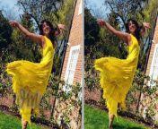 WATCH<br/><br/>OMG! Priyanka Chopra ने इतने लाख रुपए की ड्रेस में बिखेरा जलवा | Priyanka Chopra Lifestyle 2021<br/><br/><br/>Follow our Youtube Channel : https://www.youtube.com/channel/UCajTctHJ5DaL8Xov5bIaUmw/<br/><br/>Follow our Facebook Page : https://www.facebook.com/Viral-Masti-100206862042179<br/><br/>Follow our Dailymotion Channel : https://www.dailymotion.com/viralmasti2<br/><br/>Subscribe our Youtube Channel : to watch latest Bollywood and Televison viral videos.<br/>https://www.youtube.com/channel/UCajTctHJ5DaL8Xov5bIaUmw/<br/><br/><br/><br/><br/>Like~<br/>Comment~<br/><br/><br/>#viralmasti #PriyankaChopra #PriyankaChopralifestyle