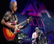 Asia: Axis XXX Live (San Francisco)<br/>At The Grand Ballroom at the Regency Center, San Francisco, CA, USA<br/>November 7, 2012 / Tour: XXX-Thirtieth Anniversary